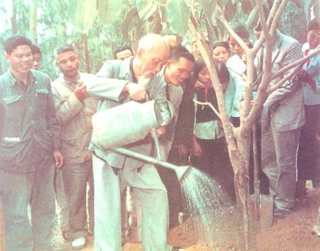 Lễ phát động Tết trồng cây đời đời nhớ ơn Bác Hồ