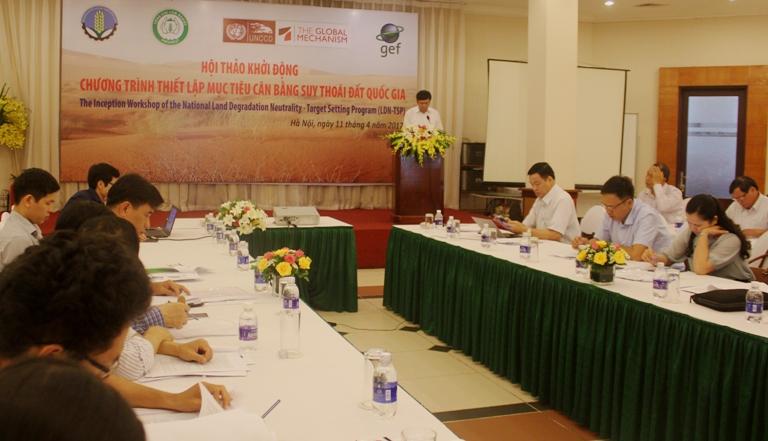 Bộ Nông nghiệp & PTNT khởi động Chương trình mục tiêu thiết lập cân bằng suy thoái đất