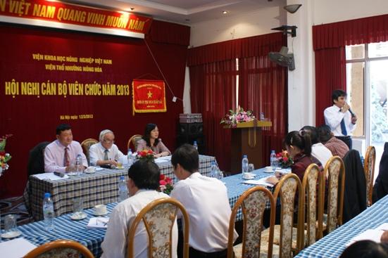 Hội nghị cán bộ viên chức năm 2013