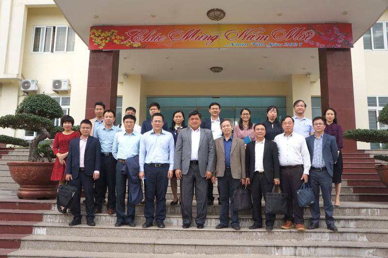 Viện Thổ nhưỡng Nông hóa tiếp đón Thứ trưởng Bộ Nông nghiệp và Phát triển Nông thôn Trần Thanh Nam