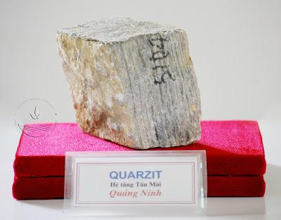 Đá Quarzit, hệ tầng Tấn Mài, Quảng Ninh